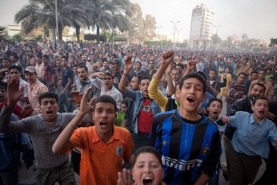 People take to the streets on April 7, 2008, in Mahalla, Egypt (Wikimedia Commons, Jameskbuck).