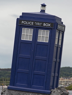 The TARDIS, from the Doctor Who Experience in Melbourne, Australia (Wikimedia Commons, Steve Collins)