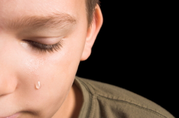 crying_1985171_350