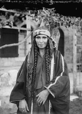 Bedouin woman in Jerusalem, 1880