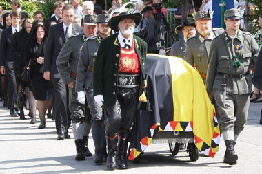 Funeral commemorations for Otto von Habsburg in Pöcking, Bavaria (Wikimedia Commons, Mocctur)