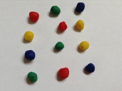 playdough-balls